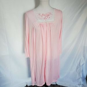 Vintage Pastel Pink Lace Pearl Fleece Nightgown